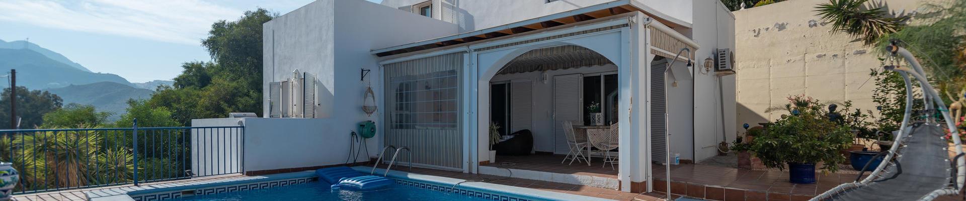 DV1497: 3 Habitación Chalet en venta