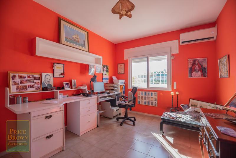DV1500: Villa for Sale in Mojácar, Almería