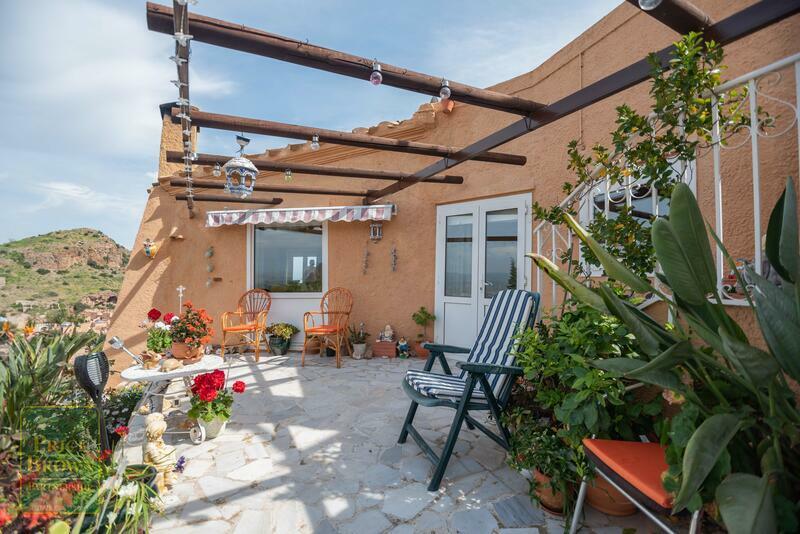 DV1501: Villa for Sale in Sierra Cabrera, Almería