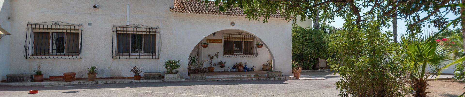 DV1505: 4 Bedroom Villa for Sale