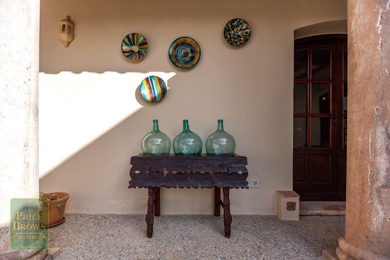 DV1510: Chalet en venta en Los Gallardos, Almería