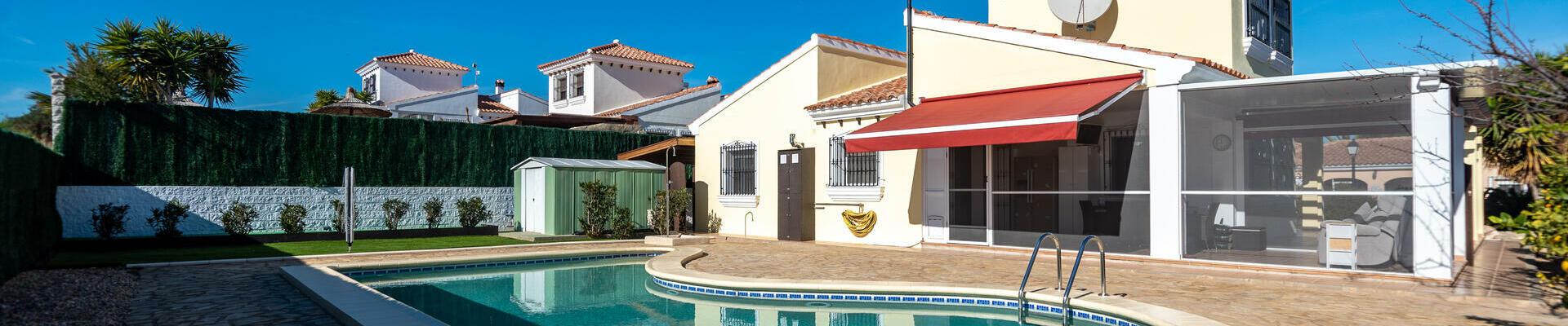 DV1511: 4 Bedroom Villa for Sale