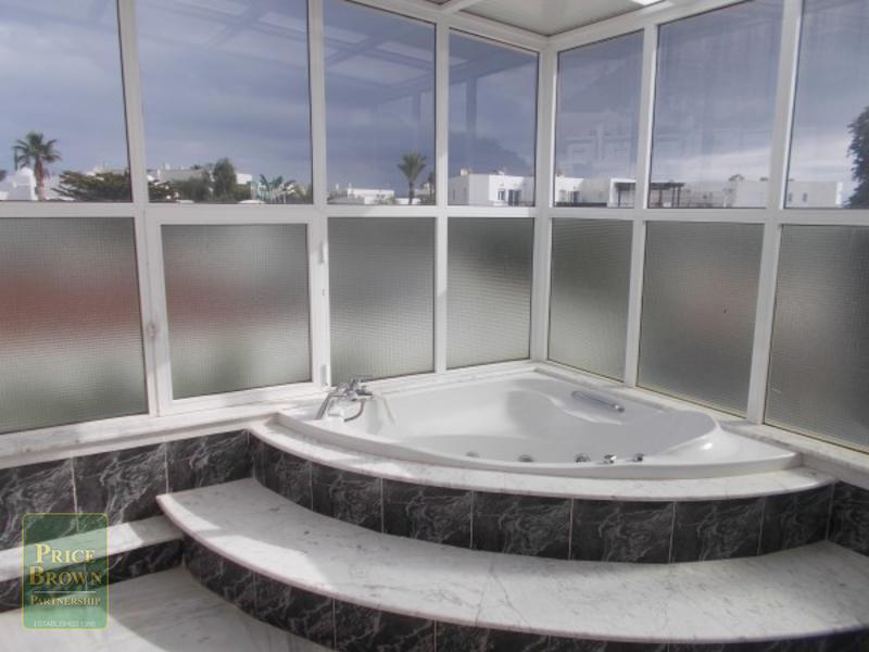 EP: Villa for Rent in Mojácar, Almería