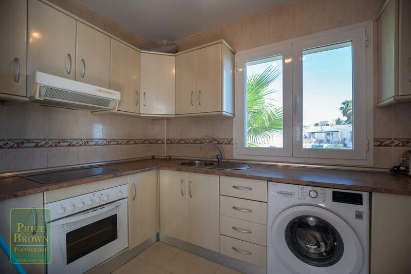 FR: Apartment for Rent in Mojácar, Almería
