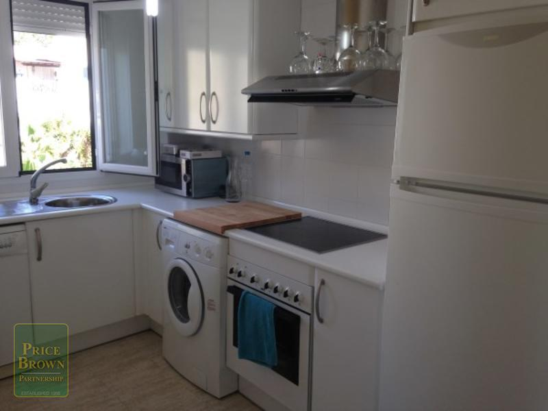 IO: Apartment for Rent in Mojácar, Almería