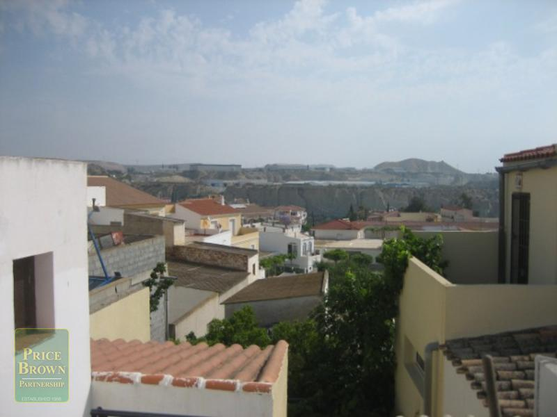 LV582: Townhouse for Sale in Antas, Almería