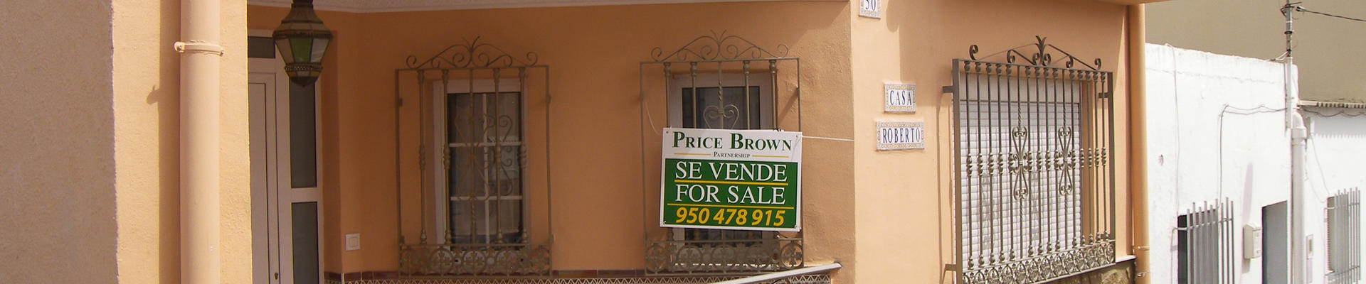 LV714: 6 Bedroom Townhouse for Sale