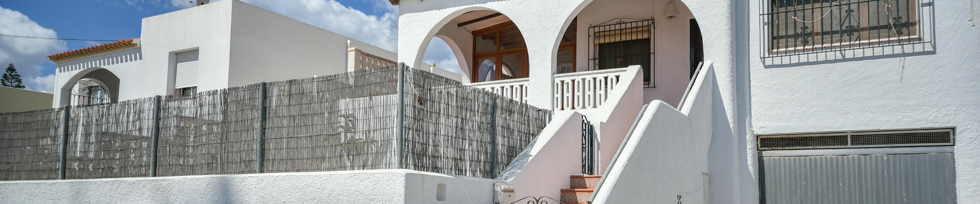 LV750: 2 Bedroom Townhouse for Sale