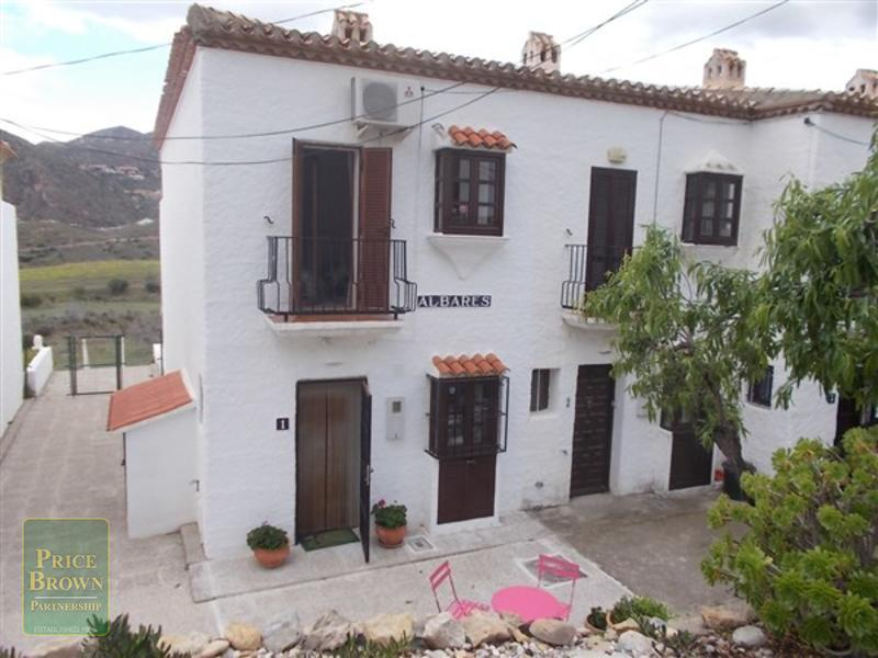 LV752: Townhouse for Sale in Turre, Almería