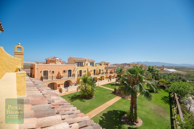LV774: Duplex en venta en Cuevas del Almanzora, Almería