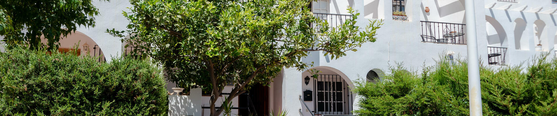 LV798: 2 Bedroom Townhouse for Sale