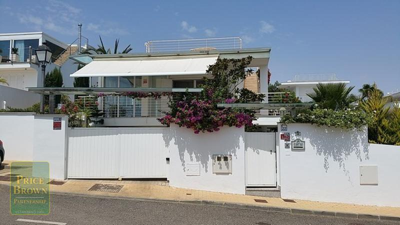 pbk1555: Villa for Sale in Mojácar, Almería