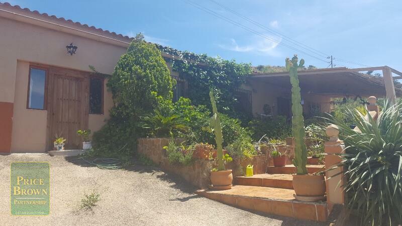 Cortijo en La Huelga, Almería