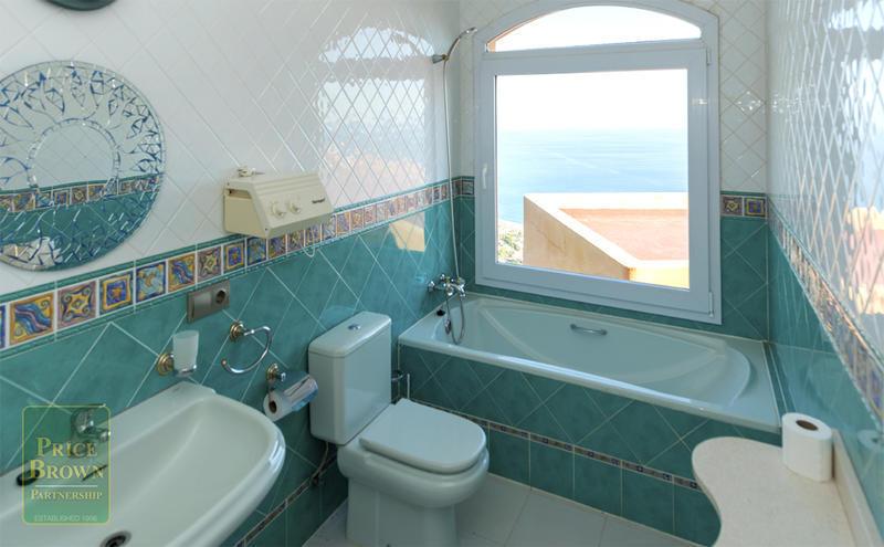 V01: Villa for Rent in Mojácar, Almería